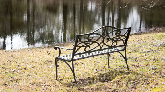 bench-by-water